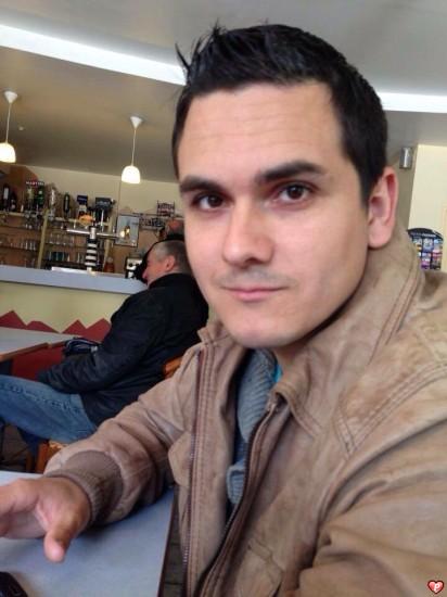 gay homme rencontre à Brive-la-Gaillarde